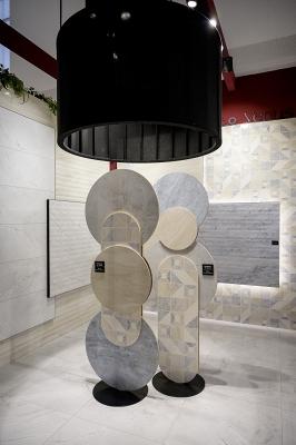 IMG#2 Venus by Saloni