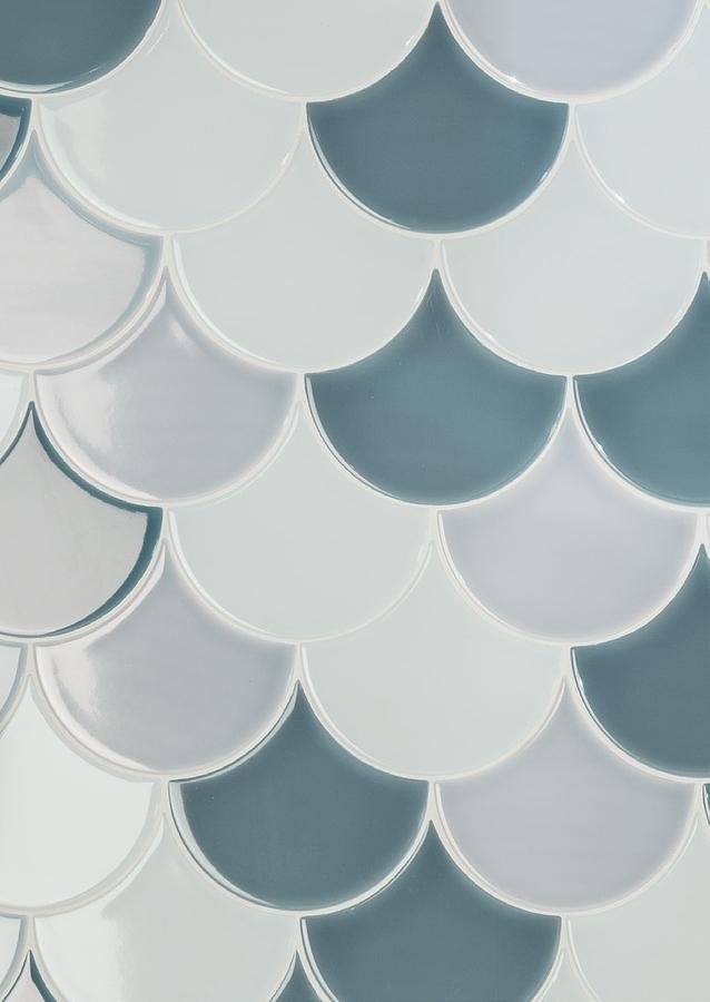 aleluia-scalesSalle de bain, Céramique, revêtement mural, Surface brillante, Bord non rectifié, Variation de nuances V2