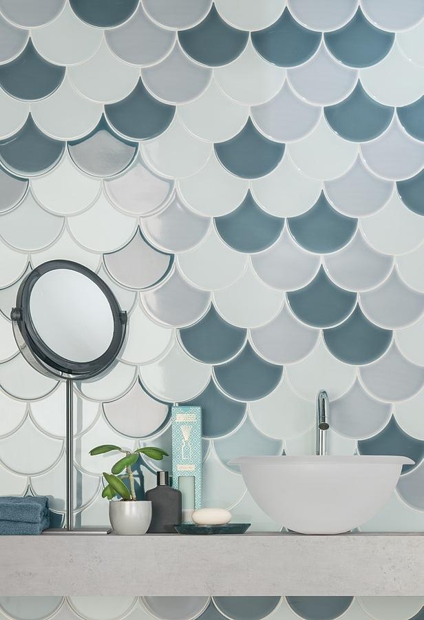aleluia-scales-2Salle de bain, Céramique, revêtement mural, Surface brillante, Bord non rectifié, Variation de nuances V2