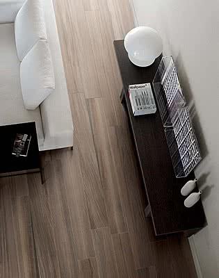 piastrelle in gres porcellanato wooden tile di casa dolce. Black Bedroom Furniture Sets. Home Design Ideas
