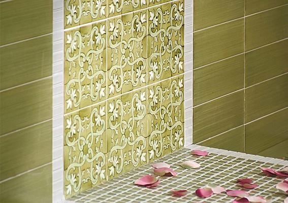 Piastrelle in maiolica fiori scuri di francesco de maio tile