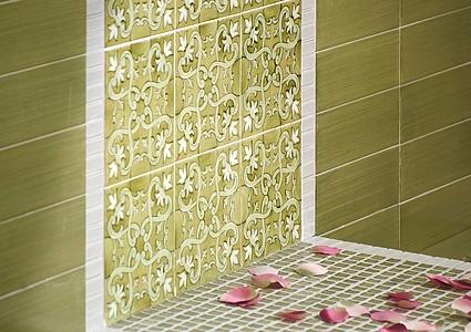 Piastrelle in maiolica fiori scuri di francesco de maio. tile.expert
