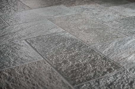 Garden porcelain tiles by marca corona tile expert - Suelos de exterior antideslizantes ...